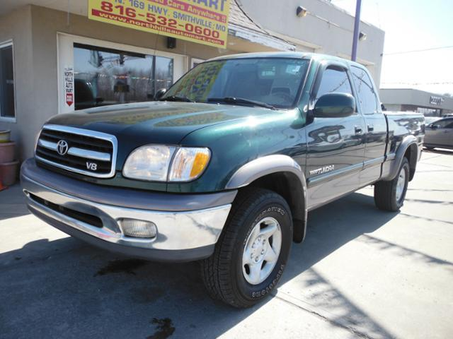 2001 Toyota Tundra 4dr Access Cab Limited V8 4WD SB - Smithville MO