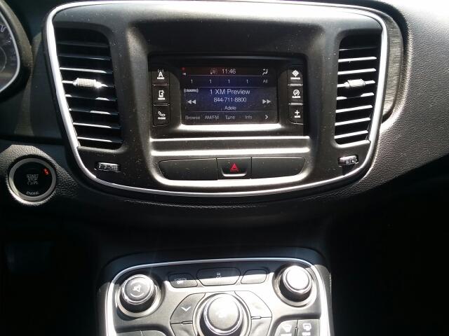 2015 Chrysler 200 Limited 4dr Sedan - Hobbs NM