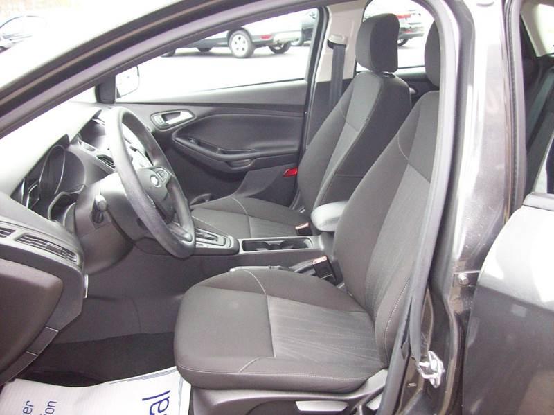 2015 Ford Focus SE 4dr Hatchback - Lafayette TN