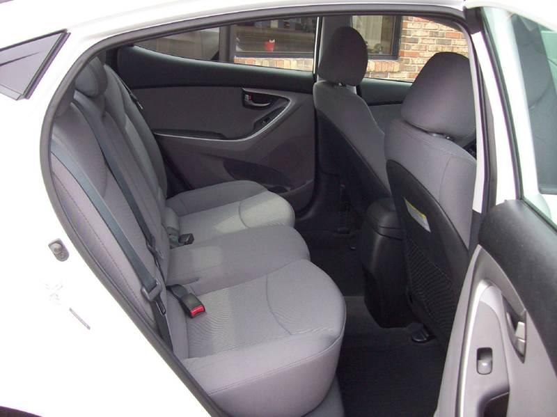 2014 Hyundai Elantra SE 4dr Sedan - Lafayette TN