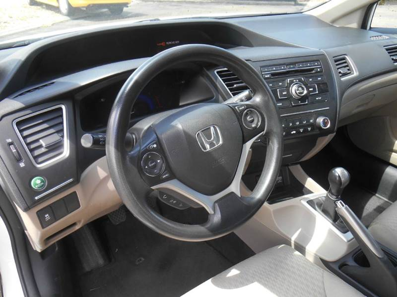 2014 Honda Civic LX 4dr Sedan 5M - Loveland CO