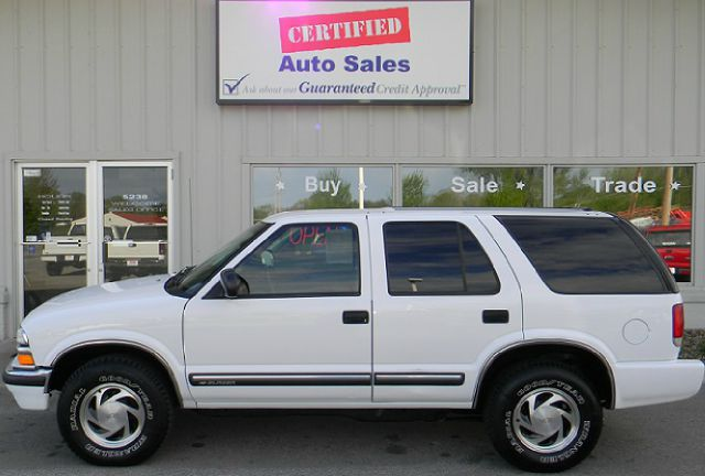 2001 chevrolet blazer ls 4wd 4dr suv in des moines ankeny for Des moines motors buy here pay here