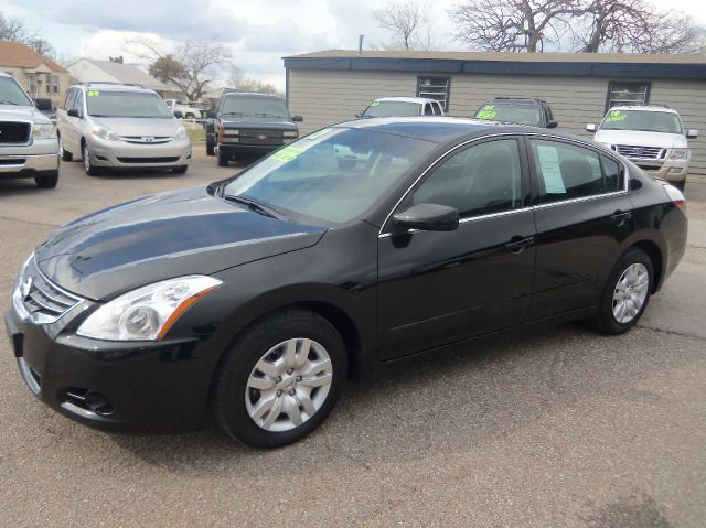 2012 nissan altima for T and d motors bethany ok