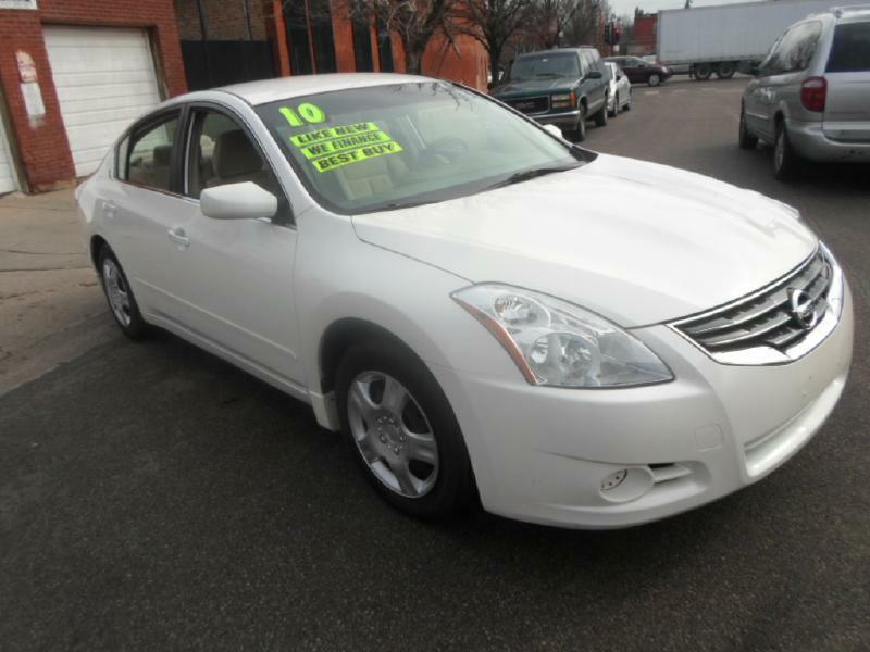 2010 nissan altima for sale in chicago il. Black Bedroom Furniture Sets. Home Design Ideas