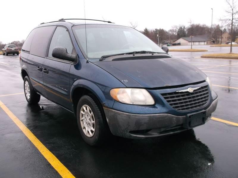 2001 Chrysler Voyager 4dr Mini-Van - Waukesha WI