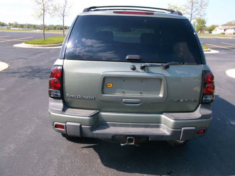 2004 Chevrolet TrailBlazer LS 4WD 4dr SUV - Waukesha WI