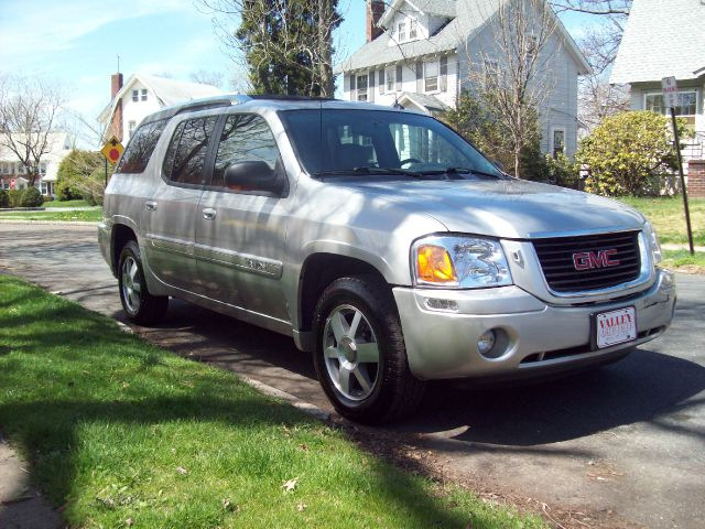2004 gmc envoy xuv xuv slt 4wd for sale in south orange avenel bayonne valley auto sales. Black Bedroom Furniture Sets. Home Design Ideas