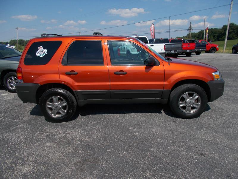 2005 Ford Escape AWD XLS 4dr SUV - Hanover PA