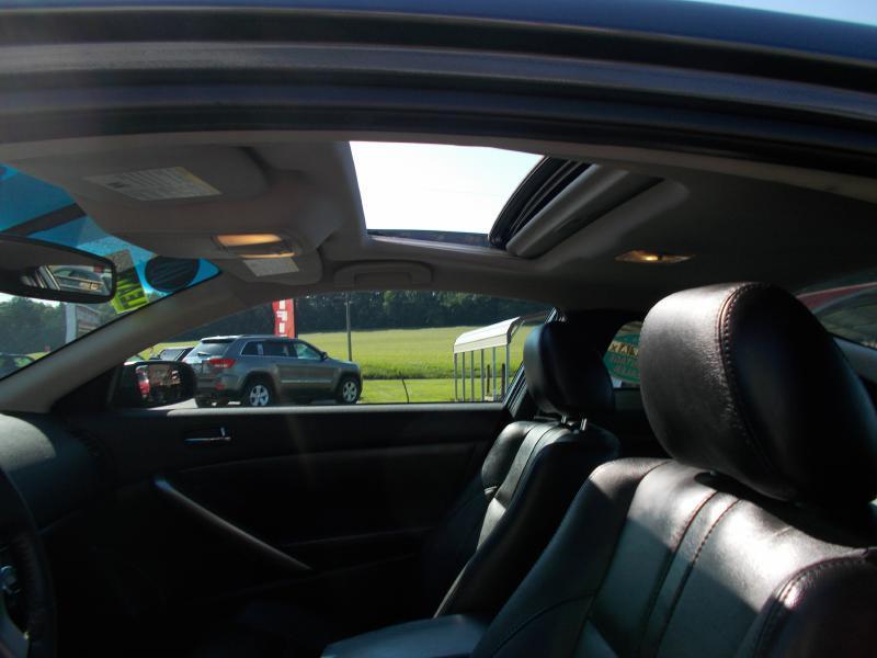 2008 Nissan Altima 3.5 SE 2dr Coupe 6M - Hanover PA