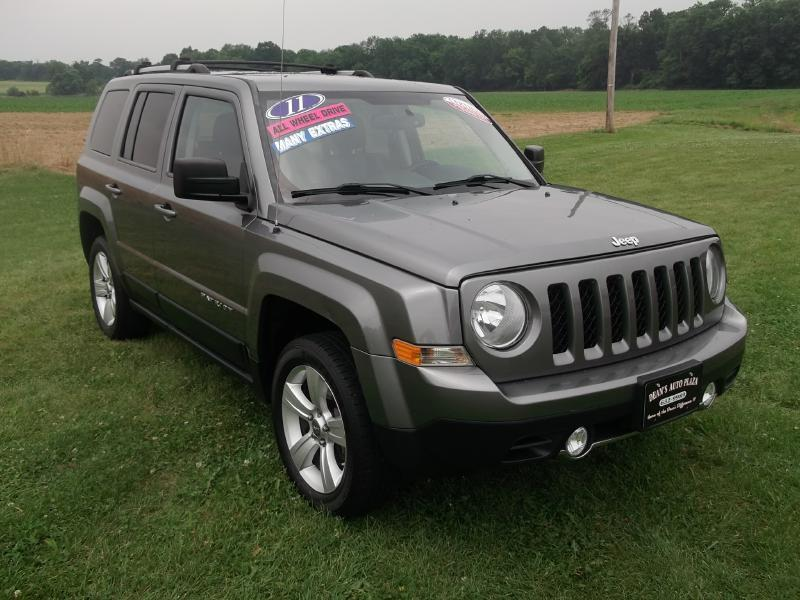 2011 jeep patriot latitude in hanover pa dean 39 s auto plaza. Black Bedroom Furniture Sets. Home Design Ideas