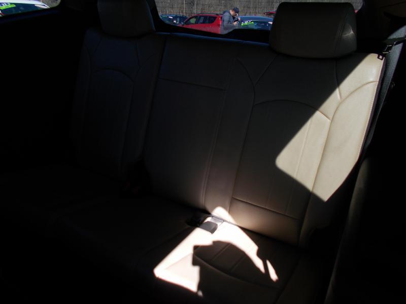 2009 Chevrolet Traverse AWD LTZ 4dr SUV - Hanover PA