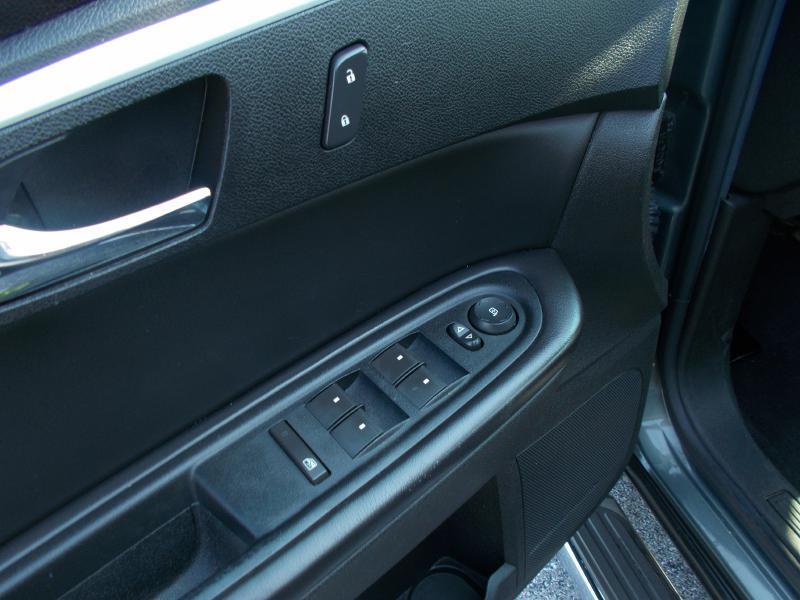 2011 Chevrolet Traverse LT 4dr SUV w/1LT - Hanover PA