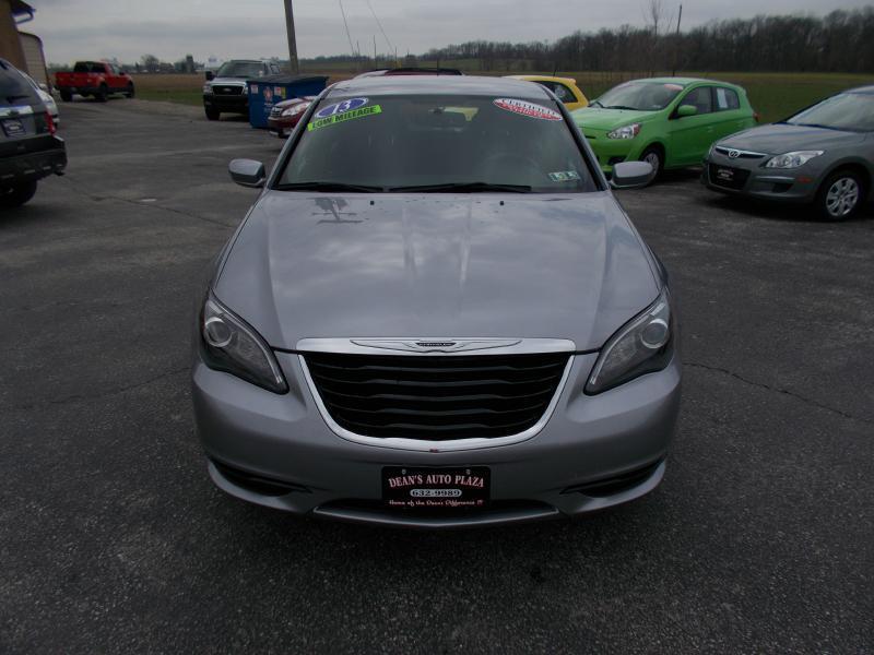 2013 Chrysler 200 Touring 4dr Sedan - Hanover PA