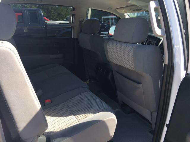 2010 Toyota Tundra 4x2 Grade 4dr CrewMax Cab Pickup SB (4.6L V8) - Collins MS