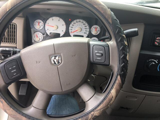 2004 Dodge Ram Pickup 2500 SLT 4dr Quad Cab Rwd LB - Collins MS