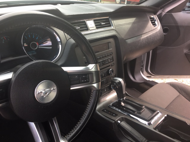2014 Ford Mustang V6 2dr Coupe - Collins MS
