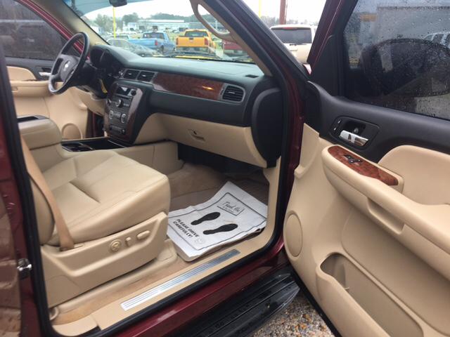 2008 Chevrolet Tahoe 4x2 LTZ 4dr SUV - Collins MS