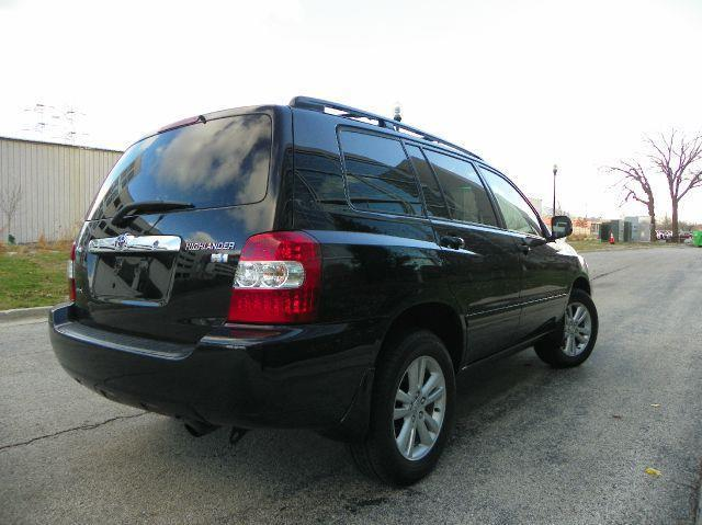 2006 toyota highlander hybrid 4wd in wheeling il vk auto imports. Black Bedroom Furniture Sets. Home Design Ideas