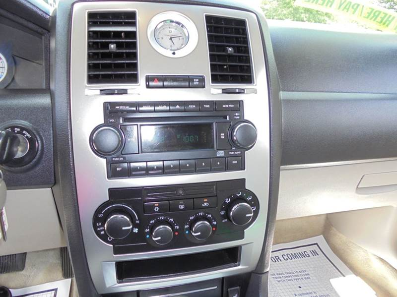 2005 Chrysler 300 C 4dr Sedan - Brockton MA