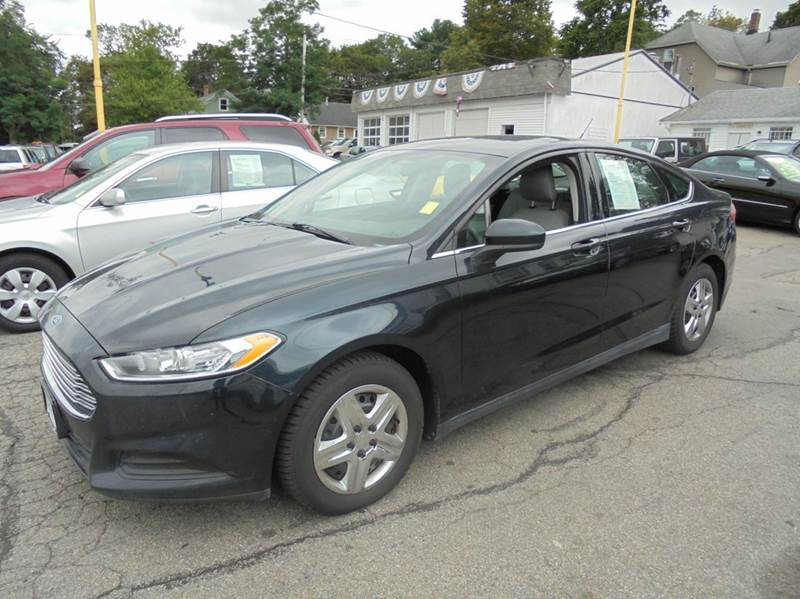 2014 Ford Fusion S 4dr Sedan - Brockton MA