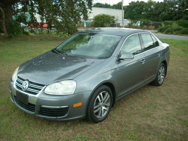 2006 volkswagen jetta tdi 5 speed used volkswagen jetta for sale in newport rhode island. Black Bedroom Furniture Sets. Home Design Ideas