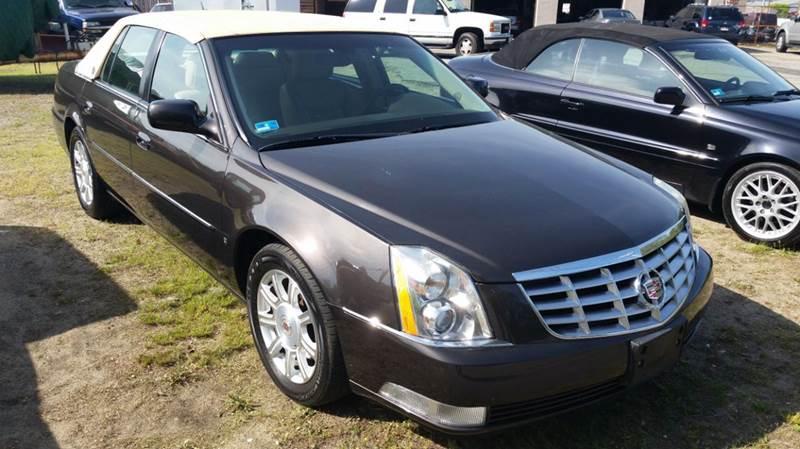 2008 Cadillac DTS Luxury I 4dr Sedan - Newport RI