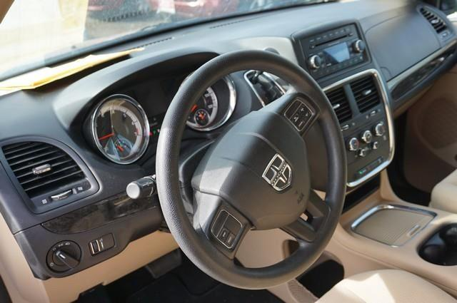 2016 Dodge Grand Caravan SXT 4dr Mini Van - Loveland CO