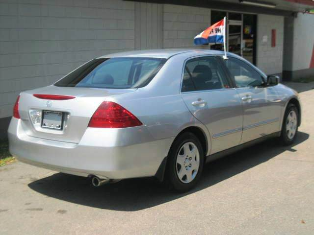 2007 Honda Accord LX 4dr Sedan (2.4L I4 5A) - Raleigh NC