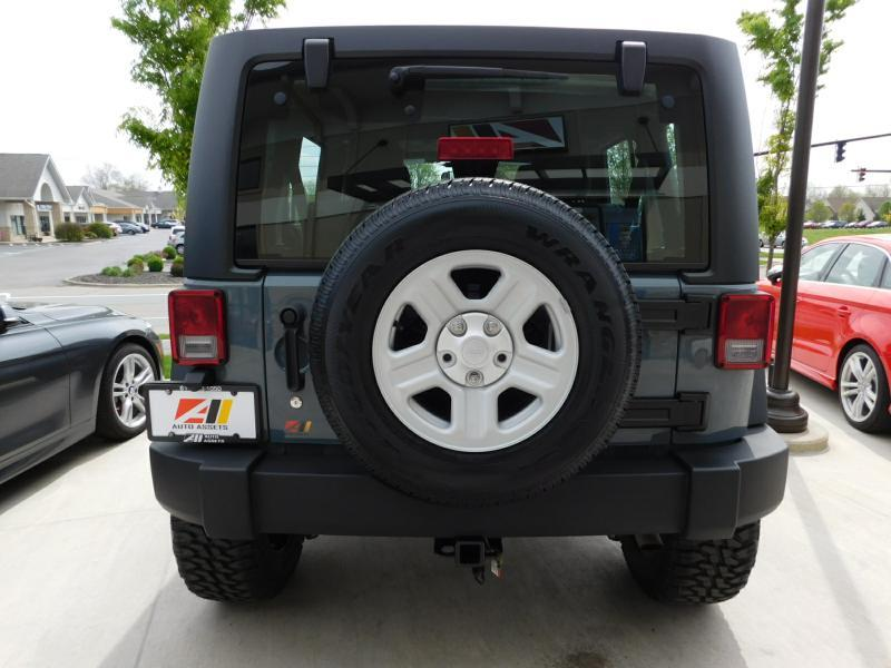 2014 Jeep Wrangler Unlimited 4x4 Sport 4dr SUV - Powell OH