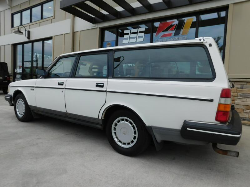 1989 Volvo 240 DL 4dr Wagon - Powell OH