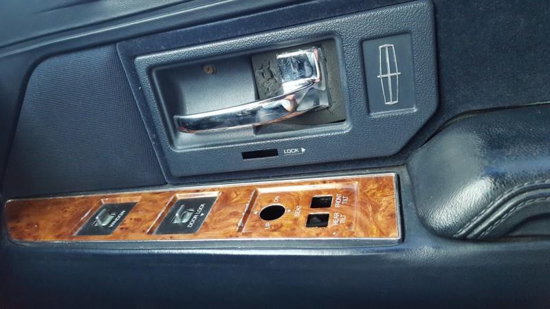 1993 Lincoln Town Car Executive 4dr Sedan - Houston TX