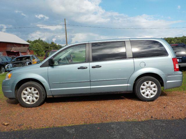 2008 chrysler town and country lx 4dr mini van in wisconsin rapids wi skyline auto centre. Black Bedroom Furniture Sets. Home Design Ideas