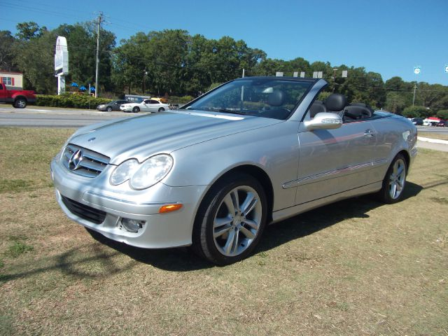 2006 Mercedes-Benz CLK-Class