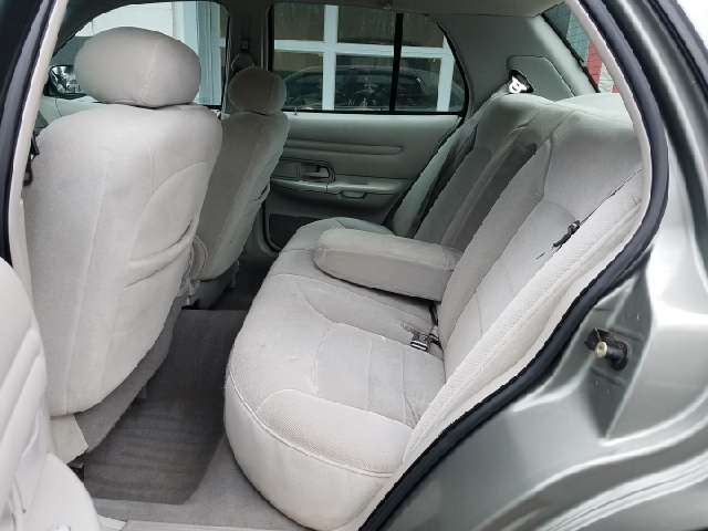 1998 Ford Crown Victoria LX 4dr Sedan - Ravenna OH