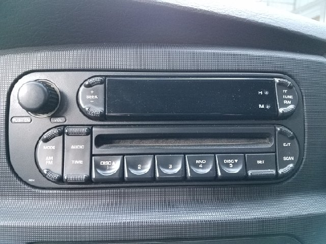 2005 Dodge Ram Pickup 3500 4dr Quad Cab SLT 4WD SB - Ravenna OH
