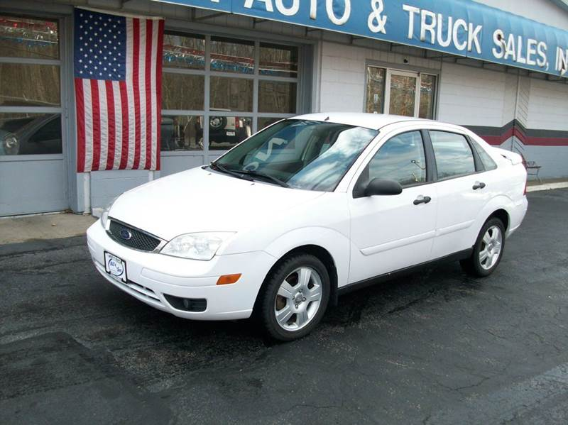 2007 ford focus zx4 ses 4dr sedan in ravenna oh bill 39 s. Black Bedroom Furniture Sets. Home Design Ideas