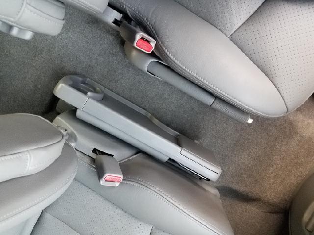 2005 Mazda MPV ES 4dr Mini-Van - Ravenna OH