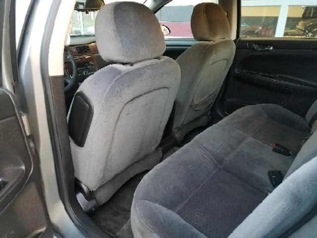2009 Chevrolet Impala LS 4dr Sedan - Ravenna OH