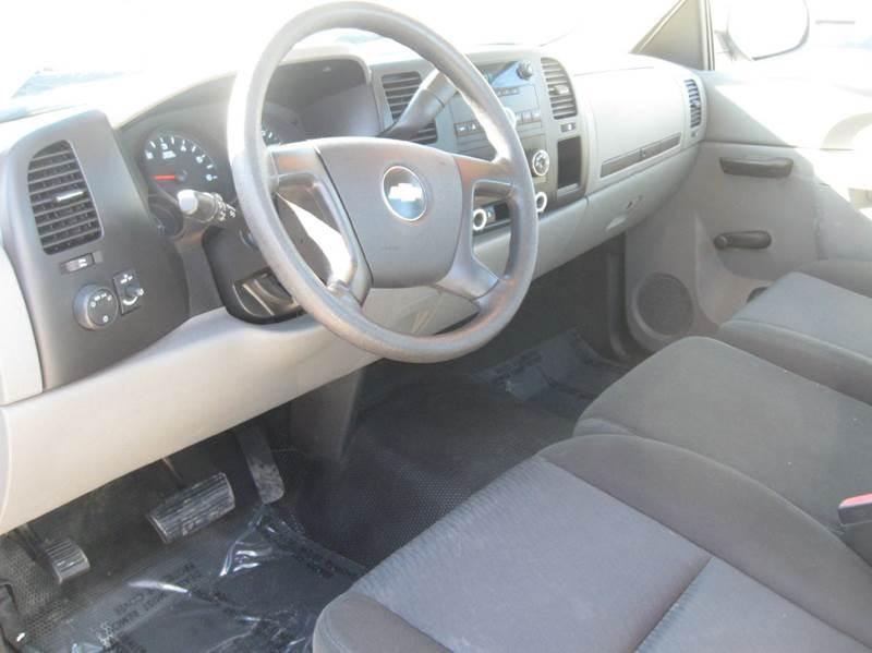 2010 Chevrolet Silverado 1500 4x2 Work Truck 2dr Regular Cab 8 ft. LB - Rehoboth MA