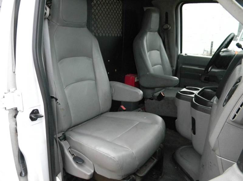 2012 Ford E-Series Cargo E-350 SD 3dr Extended Cargo Van - Parma OH