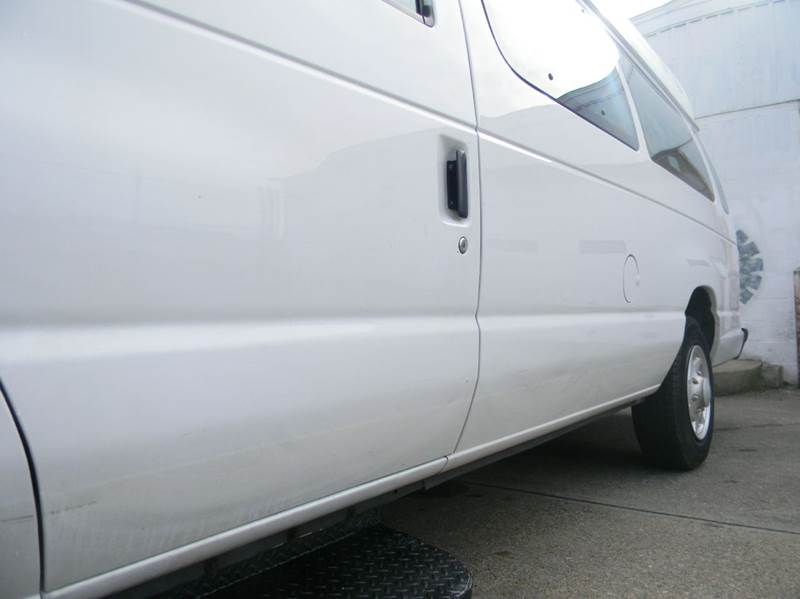 2007 Ford E-Series Cargo E-250 3dr Extended Cargo Van - Parma OH