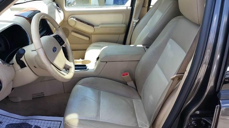 2006 Ford Explorer Eddie Bauer 4dr SUV 4WD w/V8 - Pawling NY
