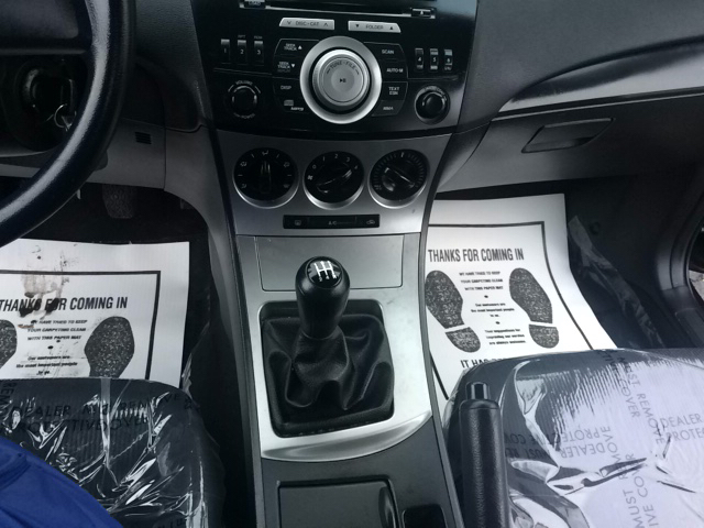 2010 Mazda MAZDA3 i Sport 4dr Sedan 5M - Phillipsburg NJ