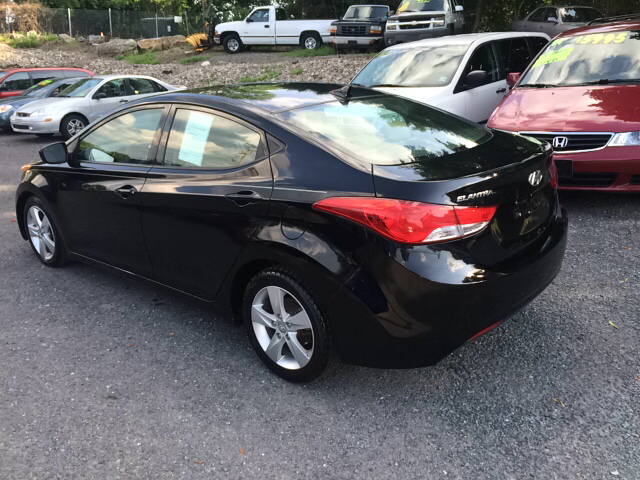 2013 Hyundai Elantra GLS 4dr Sedan 6M w/Alloy Wheels - Phillipsburg NJ