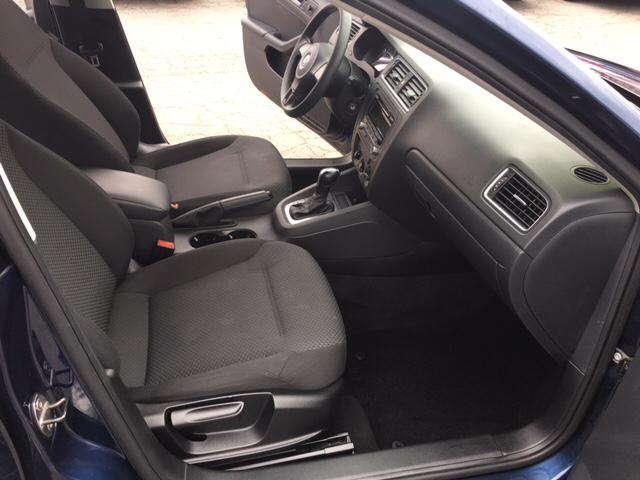 2013 Volkswagen Jetta S 4dr Sedan 6A - Phillipsburg NJ