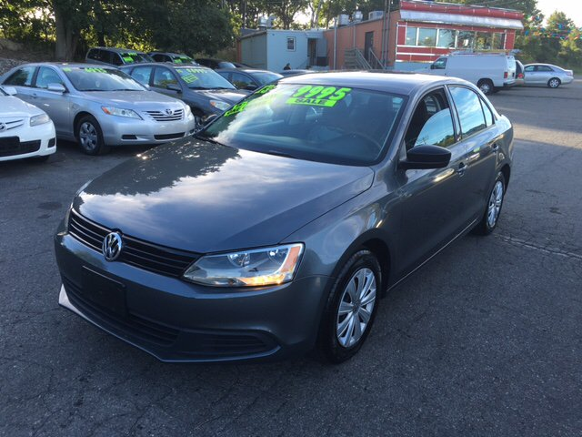 2013 Volkswagen Jetta S 4dr Sedan 5M - Phillipsburg NJ