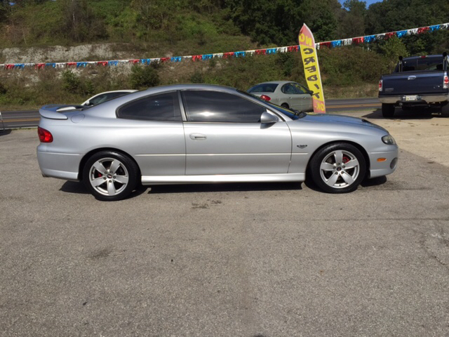 2005 pontiac gto for sale in ashland ky. Black Bedroom Furniture Sets. Home Design Ideas