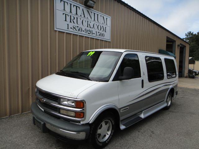 1999 Chevrolet Express for sale in Crawfordville FL