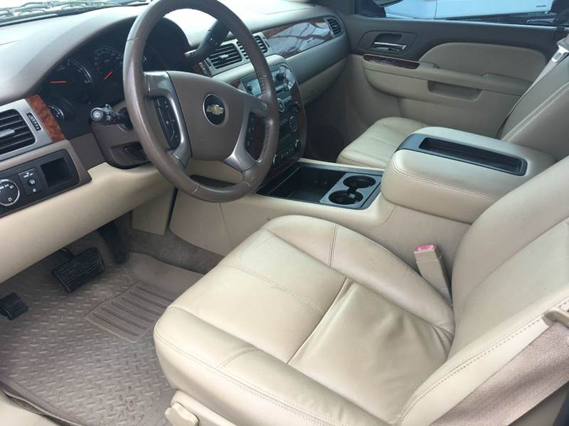 2010 Chevrolet Suburban 4x2 LT 1500 4dr SUV - Haleyville AL