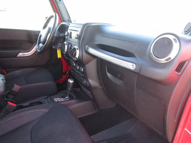 2013 Jeep Wrangler Unlimited Sahara 4x4 4dr SUV - Poughkeepsie NY